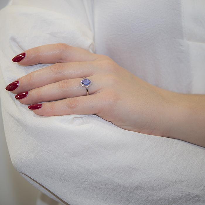 Λευκόχρυσο δαχτυλίδι Κ18 ροζέτα με ζαφείρι 031817  218d6453fbf