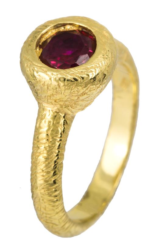 Επίχρυσο δαχτυλίδι με κόκκινη ζιργκόν 925 022913 022913 Ασήμι c57664ce375